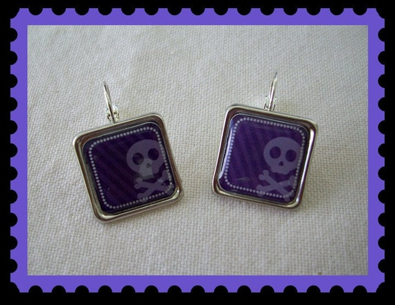 Skull and Crossbones Earrings - Purple