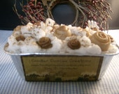 CINNAMON BUNS SCENTED GRUBBY LOAF CANDLE