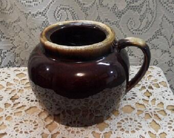 Brown drip bean pot  / pfaltzgraff like ceramic bean pot