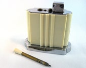 Vintage Art Deco Lighter touch tip Pres a Lite 1930s