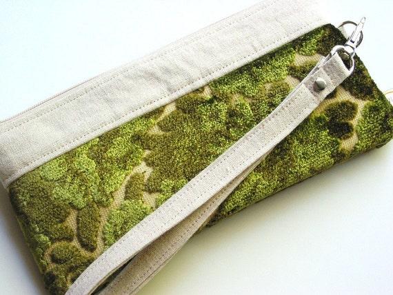 Cut Velvet Chenille Wristlet Clutch Vintage Green Floral