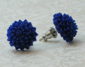 Mum Flower Earrings - Bright Navy Blue
