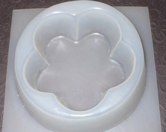 "Resin Mold Flower Scallop Candle Holder 5.75"" Base"