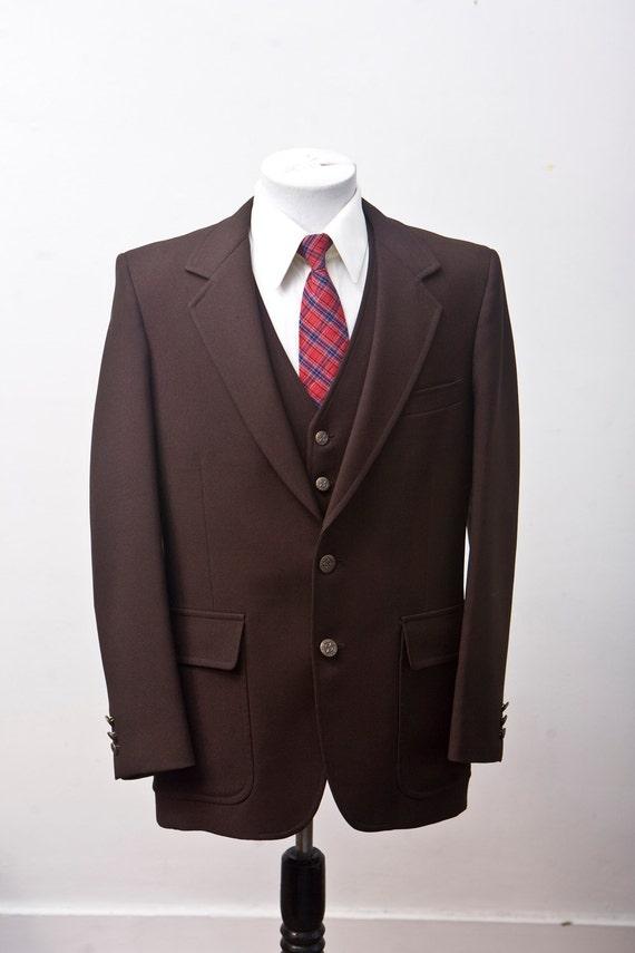Size 40 Vintage Brown Three Piece Suit