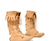 size 9 FRINGE tan leather 70s 80s MOCCASIN lace up midcalf ANKLE boots