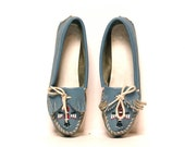 size 9 MINNETONKA blue leather 80s MOCCASIN beaded THUNDERBIRD loafers