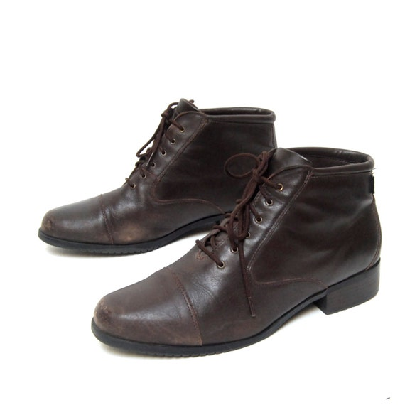 size 9.5 HERITAGE brown leather 80s BROGUE lace up ankle boots on reserve for kkmia