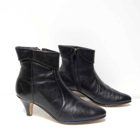 size 8.5 CUFFED black leather 80s ZIP UP high heel ankle booties