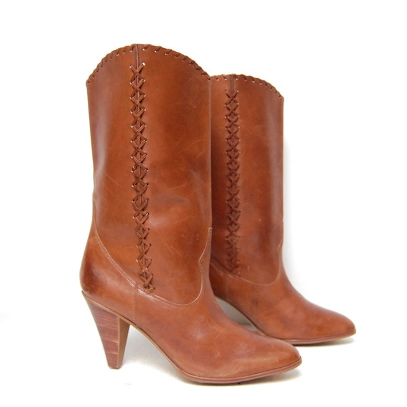 BOHEMIAN cognac leather 70s WOVEN detailing high heel boots size 10