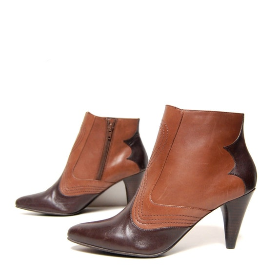 size 8.5 BOHEMIAN brown leather SOUTHWEST zip up ankle booties