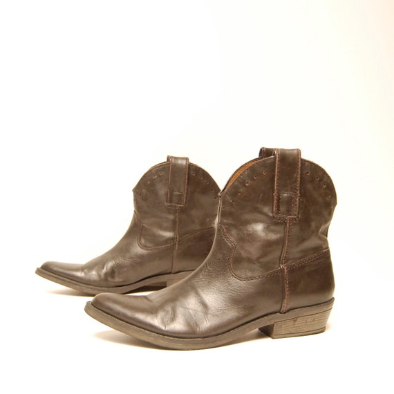 size 7.5 SOUTHWEST brown leather 80s NINE WEST ankle booties