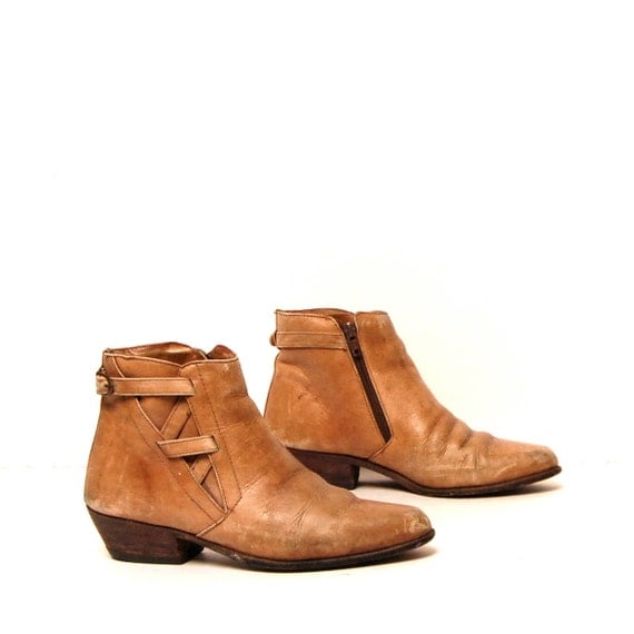 size 8 SOUTHWEST tan leather 80s STRAPPY zip up ankle boots