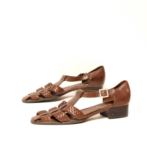 size 10.5 WOVEN brown leather 80s HUARACHE strappy BUCKLE sandals
