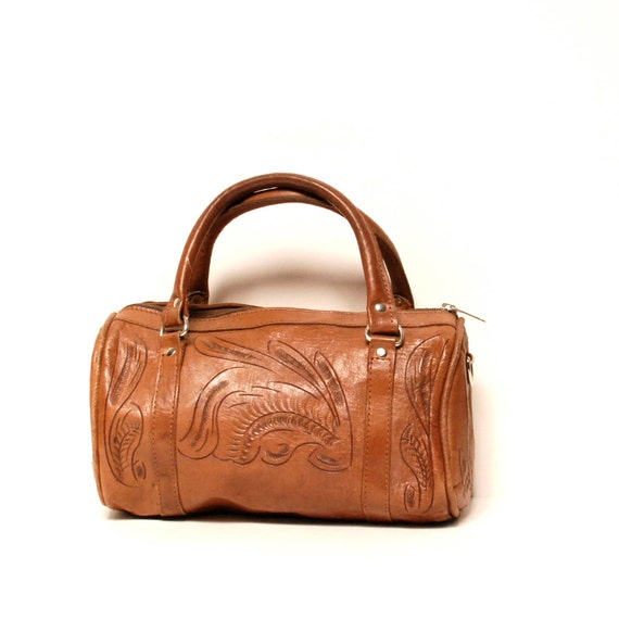 HANDTOOLED tan leather 80s MEXICAN FLORAL duffle handbag