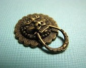 Brass lion head doorknocker cabochons 3/4 inch (3)