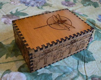 5.1 x 3.5 x 2.1 Dragonfly Double Delight Cedar Tarot Storage Box