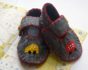 Car Baby Shoes / Boys Booties  / New Baby Gift