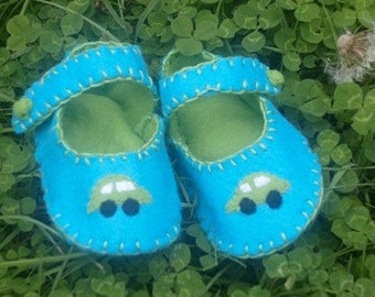 Car Baby Shoes / Felt Booties / Boys  / New Baby - Blue