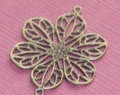 20 pcs of antique brass filigree flower links 22mm