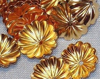 100 pcs of gold plated brass ribbed Bead cap 8mm