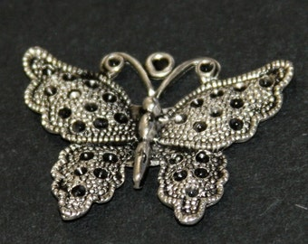 2 pc of antiqued silver alloy butterfly pendant 35mm