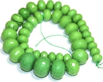Close out --- 16 in strand of Green faceted glass quartz rondelle beads - Gradual size