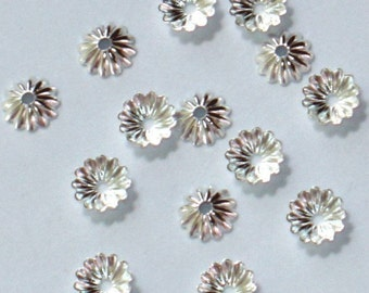 200 pcs of silver-plated ribbed beadcap - fits 6-8mm beads