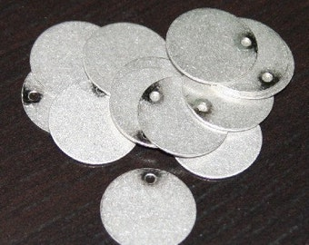 Special Sale   50 pcs of Antiqued silver coin disc 15mm