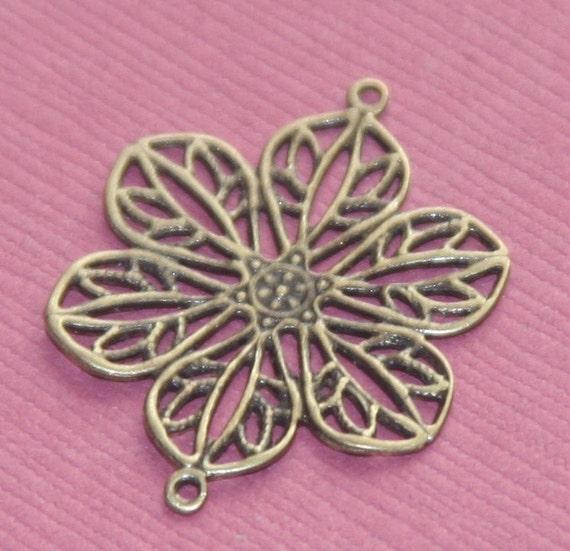 20 pcs of antique brass filigree flower links 22mm