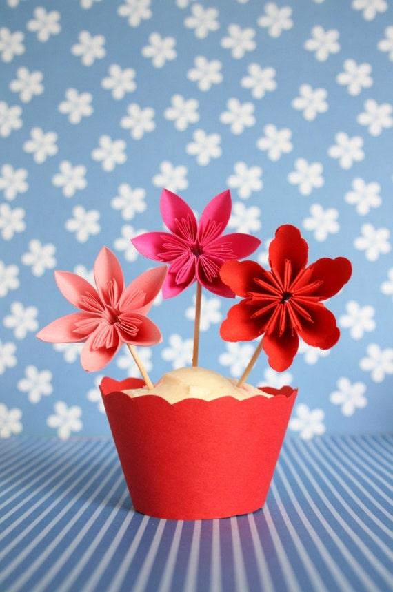 12 Cupcake Toppers Millalove's Paper Flowers