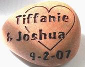 Custom wedding gift - Love rocks - engraved oathing stone for couple - commitment, wedding or anniversary