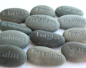 Custom engraved gifts - Great for Wedding Family Graduation Party Reunion Christmas Fundraising - 10 Custom Engraved Rocks w/ Gift boxes