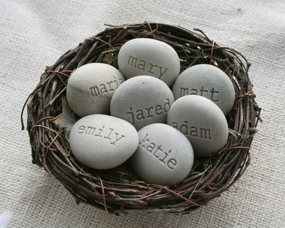 Engraved stone gifts - Personalized grandmother gifts - Set of 7 name stone eggs in family nest by sjEngraving