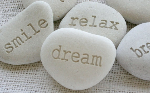 dream - White Beach Pebble - engraved white pebble
