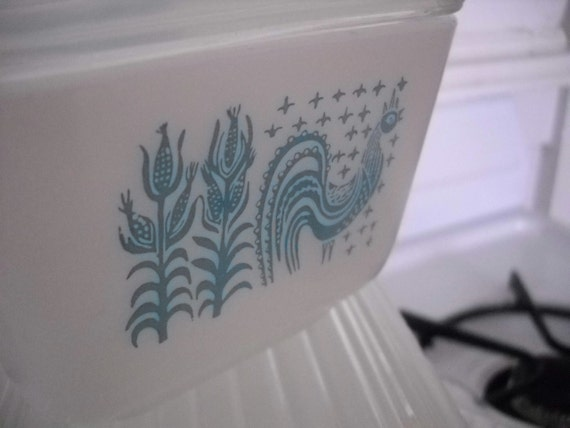 Vintage Pyrex Butterprint Refrigerator Jars - Original Eight Piece Set - Beautiful Retro Kitchen