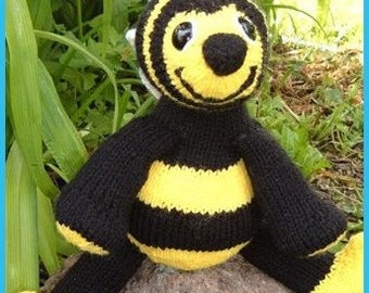 Barney Bee Bumble Bee,  a knitted pdf pattern, INSTANT DOWNLOAD, Digital File,