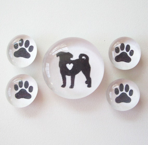 Pug Love (glass magnets)