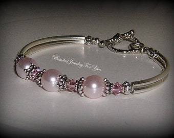 Bridesmaid Bracelet: Pearl Wedding Bracelet, Bridesmaid Jewelry, Wedding Jewelry, Bridal Party Bracelet, Jewelry for Bride, Wedding Pearls