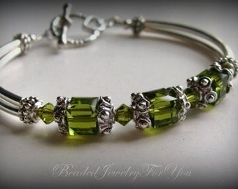 Bridesmiad Set Of EIGHT: Green Bangle Bracelet, Olivine Green, Crystal Green, Wedding Bracelet, Bridal Jewelry, Wedding Jewelry Set, Bridal