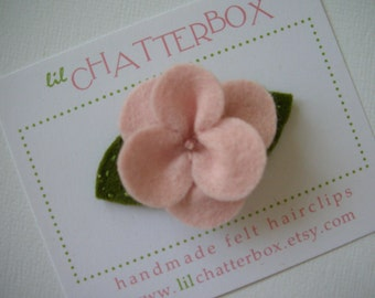 1 baby pink pansy wool felt hair clip