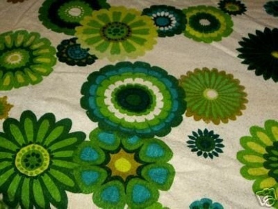 2 pce VINTAGE Linens Art Decor RETRO Craft Cotton BARKCLOTH Flower Power Fabric
