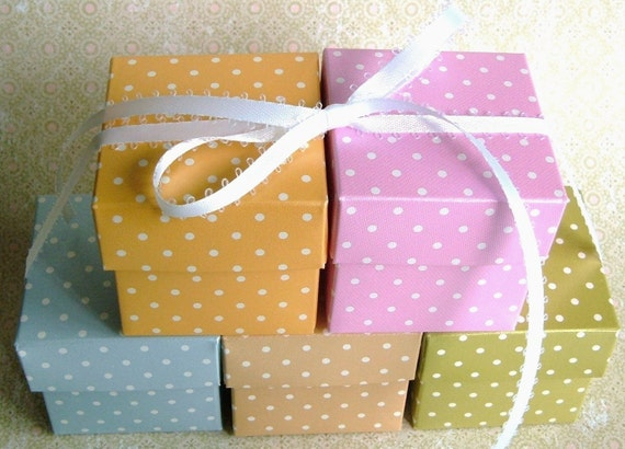 CRAFT ROOM CLEARANCE - 2'' Dot Gift Box with Cap Top - 12 boxes each color