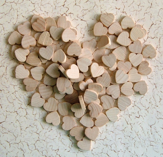 1/2'' Flat Wooden Hearts - 50 pieces - Great for EARRINGS PENDANTS and MAGNETS