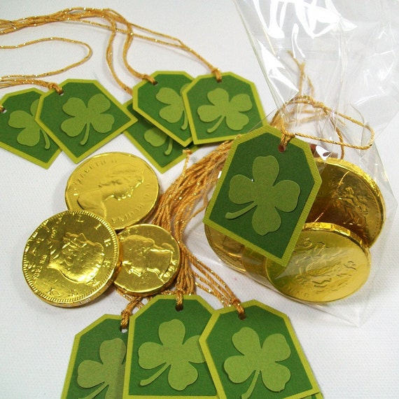 St Patrick's Day Shamrock Treat Bags and Tags - Great Party Favors - Set of 12