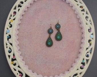 Hanging Earring Display  Functional Beauty