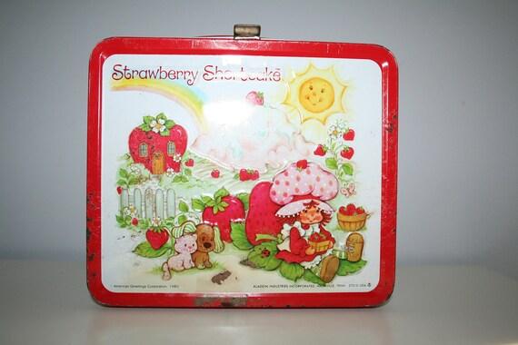 Vintage 1980's Strawberry Shortcake Metal Lunch Box