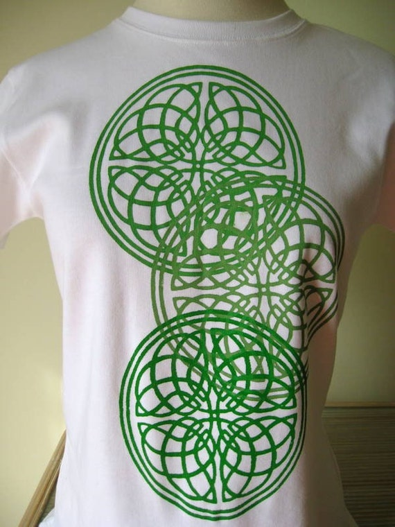 Celtic Circles organic cotton and fair trade top XL