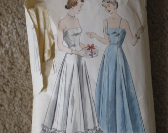 1950s Vintage Vogue  Sewing Pattern Evening Dress Princess Top (3558-W)