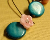 sakura . earrings .