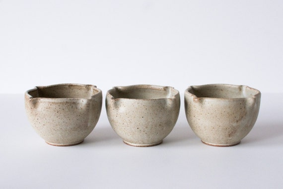 Set of 3 Bowls, Speckled White, Stoneware